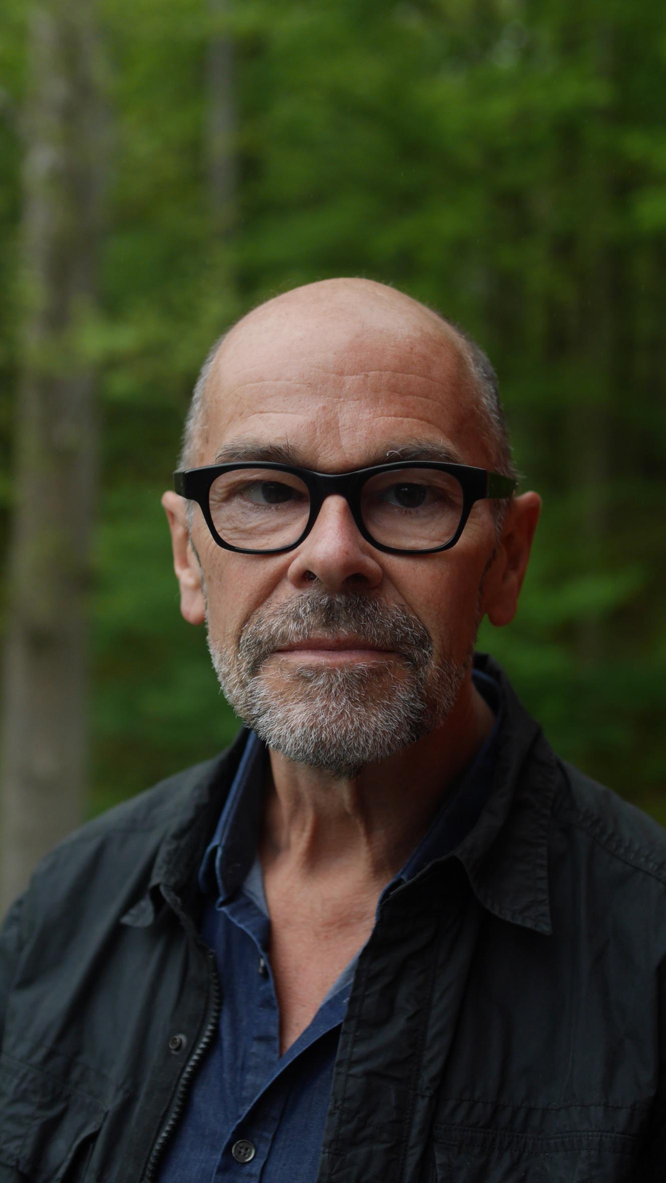 Robert Stone Bio Photo